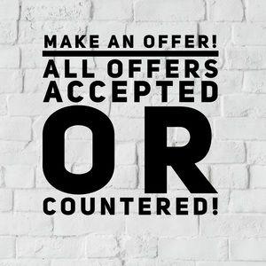 🎉Like something? Make an offer! 🎉